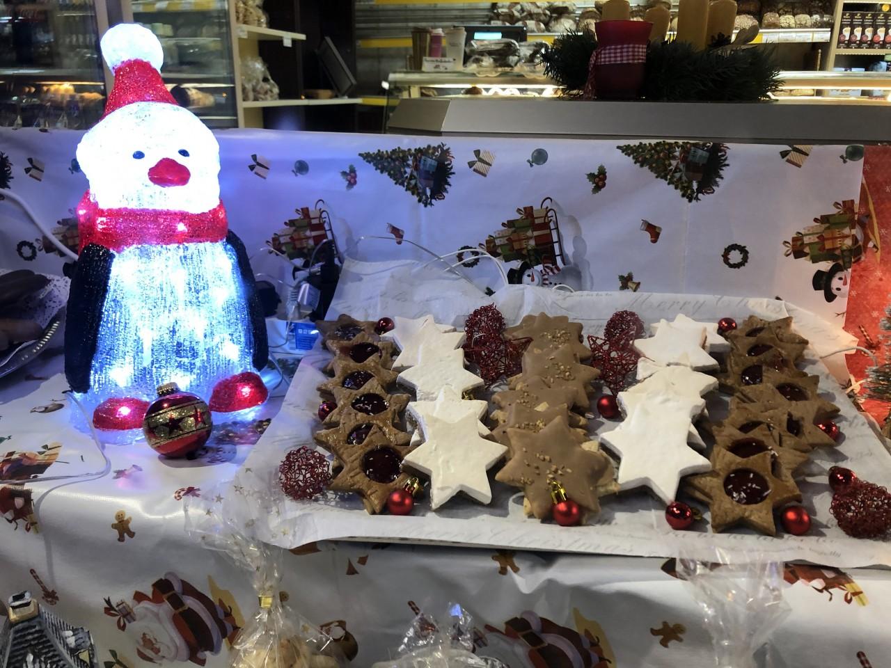 Weihnachtsleckereien von der Bäckerei Lehmann in Marienfelde